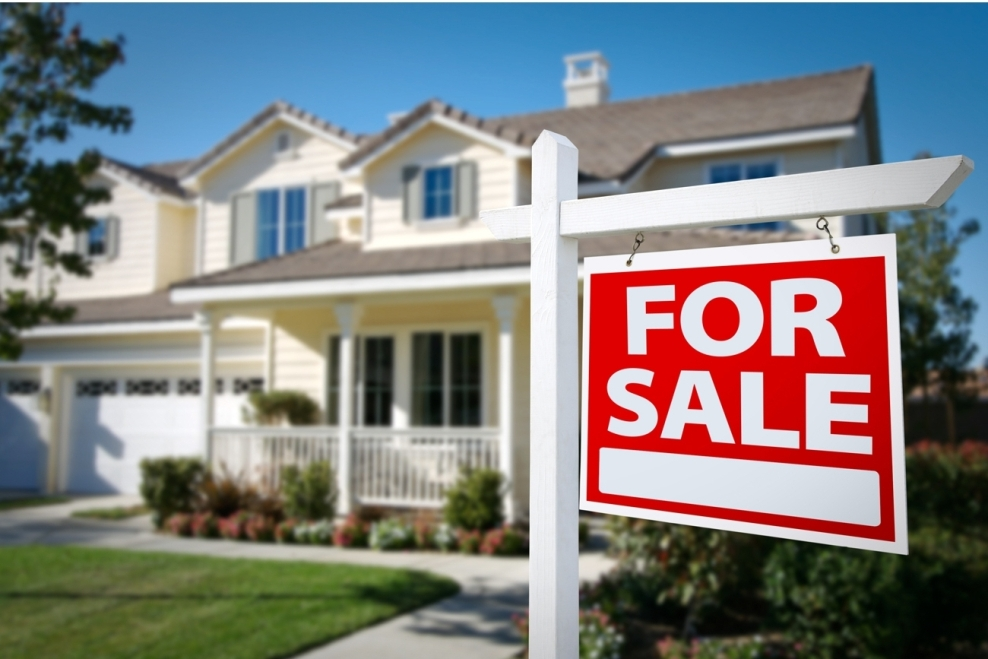 What Are the Costs Involved in Selling a Home?