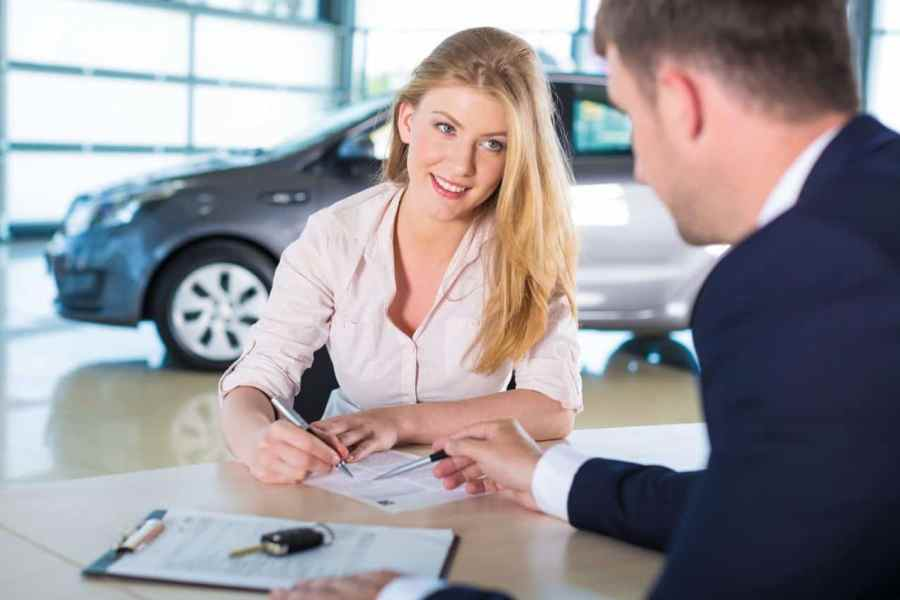 How to Qualify, Find, and Apply for a 0% Interest Auto Loan