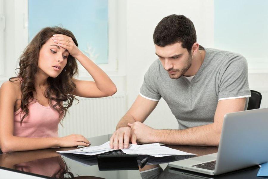 struggling couple